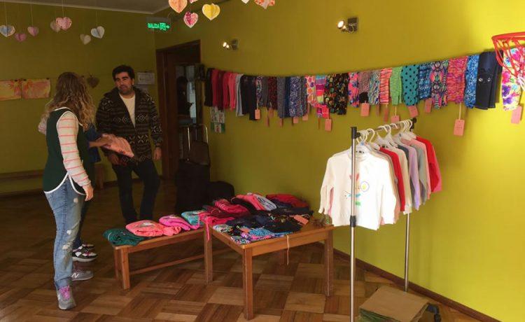 Feria Emprendimiento comunidad Kinderland
